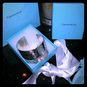 Tiffany & co wide signature cuff